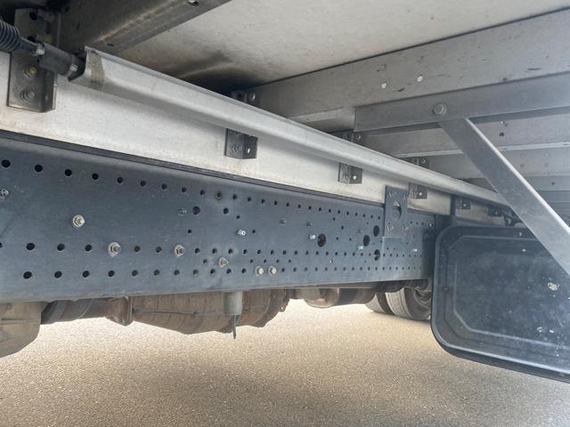 ☆荷台内寸 6.2m×2.38mボデー、ワイド