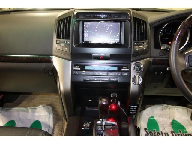 AX4WDxリフトアップxマッドタイヤxガナドールマフラー セキュリティ HDDナビ CD DVD バックカメラ ブルートゥース ミュージックサーバー ETC スマートキー ソナー フルセグTV シートヒーター ヒッチメンバー 社外LEDテール ルームLED(31枚目)