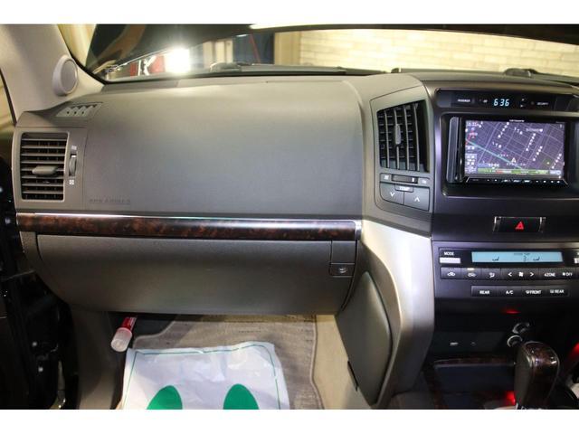 AX4WDxリフトアップxマッドタイヤxガナドールマフラー セキュリティ HDDナビ CD DVD バックカメラ ブルートゥース ミュージックサーバー ETC スマートキー ソナー フルセグTV シートヒーター ヒッチメンバー 社外LEDテール ルームLED(32枚目)