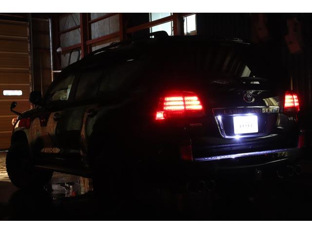 AX4WDxリフトアップxマッドタイヤxガナドールマフラー セキュリティ HDDナビ CD DVD バックカメラ ブルートゥース ミュージックサーバー ETC スマートキー ソナー フルセグTV シートヒーター ヒッチメンバー 社外LEDテール ルームLED(80枚目)