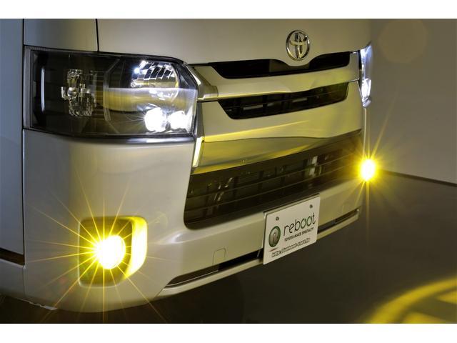 ロングDX GLパッケージ 両側スライドドア・リアヒーター・インナーブラックLEDヘッドライト・フォグランプ白/黄発光LED・ディーラーOPルーフキャリア&リアラダー・フルセグナビ・バックカメラ・荷台防汚カバー/ブラックトリム(9枚目)
