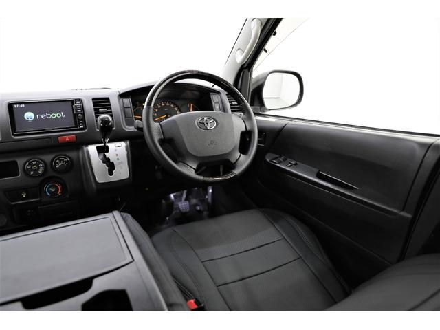 ロングDX GLパッケージ 両側スライドドア・リアヒーター・インナーブラックLEDヘッドライト・フォグランプ白/黄発光LED・ディーラーOPルーフキャリア&リアラダー・フルセグナビ・バックカメラ・荷台防汚カバー/ブラックトリム(13枚目)