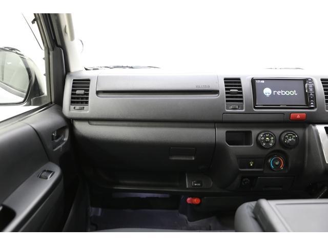 ロングDX GLパッケージ 両側スライドドア・リアヒーター・インナーブラックLEDヘッドライト・フォグランプ白/黄発光LED・ディーラーOPルーフキャリア&リアラダー・フルセグナビ・バックカメラ・荷台防汚カバー/ブラックトリム(16枚目)