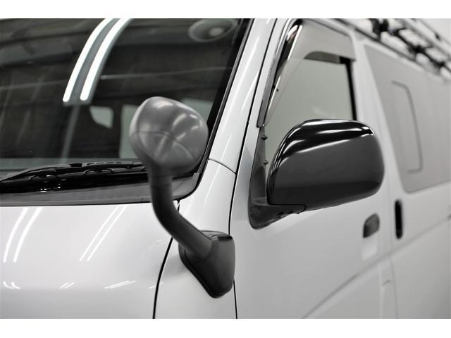 ロングDX GLパッケージ 両側スライドドア・リアヒーター・インナーブラックLEDヘッドライト・フォグランプ白/黄発光LED・ディーラーOPルーフキャリア&リアラダー・フルセグナビ・バックカメラ・荷台防汚カバー/ブラックトリム(25枚目)