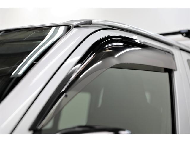 ロングDX GLパッケージ 両側スライドドア・リアヒーター・インナーブラックLEDヘッドライト・フォグランプ白/黄発光LED・ディーラーOPルーフキャリア&リアラダー・フルセグナビ・バックカメラ・荷台防汚カバー/ブラックトリム(27枚目)