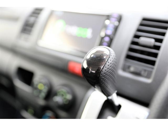 ロングDX GLパッケージ 両側スライドドア・リアヒーター・インナーブラックLEDヘッドライト・フォグランプ白/黄発光LED・ディーラーOPルーフキャリア&リアラダー・フルセグナビ・バックカメラ・荷台防汚カバー/ブラックトリム(39枚目)