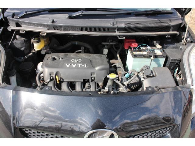 トヨタ ヴィッツ F 4WD 寒冷地仕様