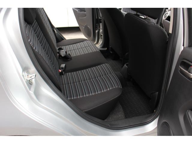 13Cドライビングコンフォートパッケージ4WD(11枚目)