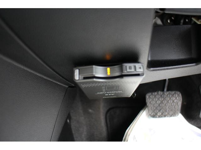 13Cドライビングコンフォートパッケージ4WD(16枚目)