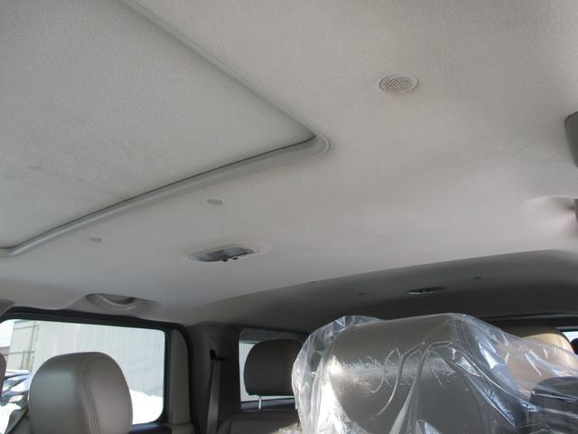 タイプG ディーラー車 タイプG 革シート サンルーフ HDDナビ 地デジ バックカメラ リフトアップ(12枚目)