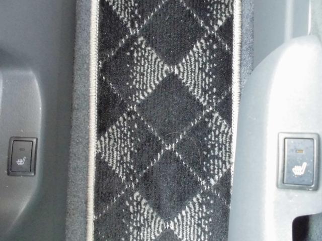DJE Jスタイル 4WD 社外ナビ 夏冬タイヤ付(18枚目)