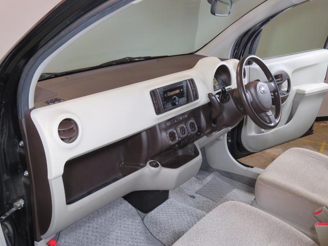 トヨタ パッソ X 4WD 禁煙車 純正オーディオ 純正キーレス 冬タイヤ