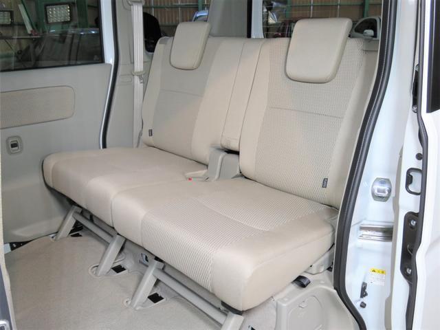 リアヒーター付きで後部座席もポカポカです!
