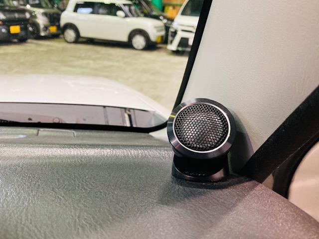 クロスアドベンチャー 4WD リフトアップ 社外マフラー 社外AW マッドタイヤ 社外バンパー 社外ナビ フルセグTV キーレス シートヒーター 新車保証書 取扱説明書(14枚目)