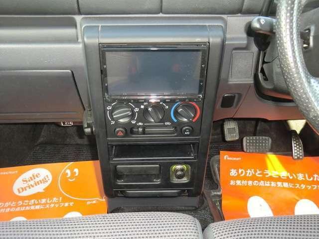 4WD 新規車検整備付・ナビ・Bカメラ・地デジ・社外アルミ・(13枚目)