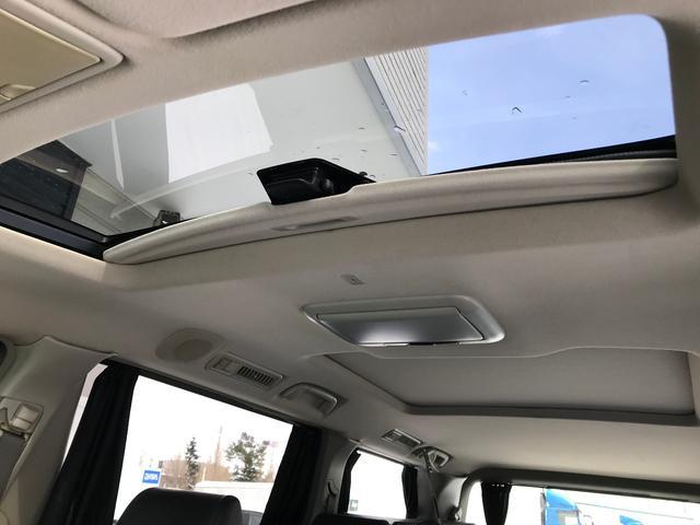 トヨタ アルファードG 4WDサンルーフ両電動ドアナビフリップダウン前後横カメラ