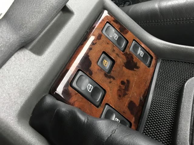 「ランドローバー」「ランドローバー ディスカバリー」「SUV・クロカン」「北海道」の中古車25