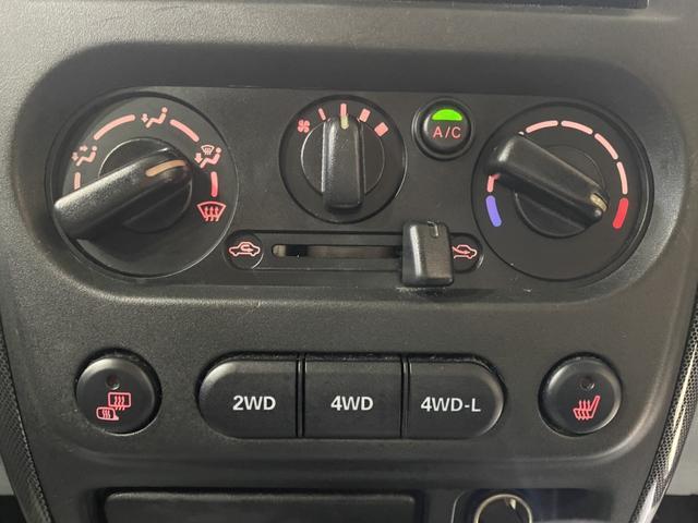 ワイルドウインド オーディオ CD AUX 新品ホイール マッドタイヤ リフトアップ LEDテール 運転席シートヒーター HIDヘッドライト ETC 電動格納ミラー レベライザー トランスファスイッチ(26枚目)