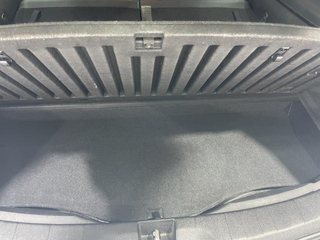 2.5i-S 禁煙車 4WD 社外メモリーナビ フルセグTV Bluetooth CD DVD バックカメラ ETC HIDヘッドライト クルコン フリップダウンモニター スマートキー 純正18インチアルミホイール(17枚目)