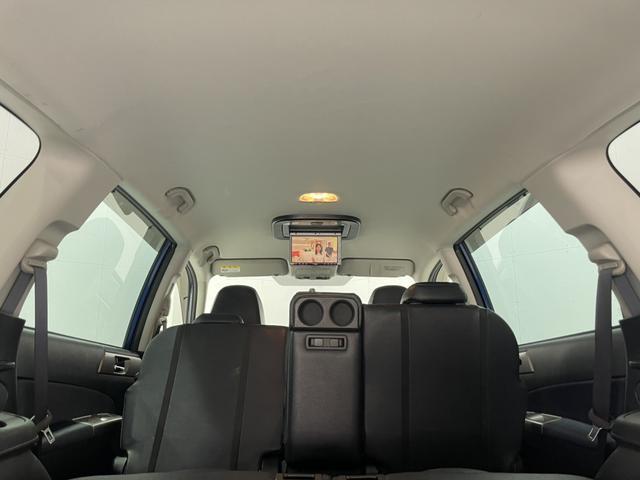 2.5i-S 禁煙車 4WD 社外メモリーナビ フルセグTV Bluetooth CD DVD バックカメラ ETC HIDヘッドライト クルコン フリップダウンモニター スマートキー 純正18インチアルミホイール(18枚目)