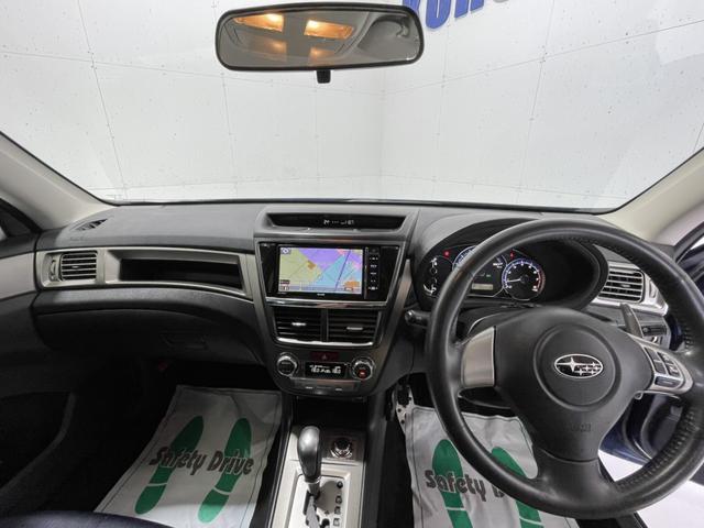 2.5i-S 禁煙車 4WD 社外メモリーナビ フルセグTV Bluetooth CD DVD バックカメラ ETC HIDヘッドライト クルコン フリップダウンモニター スマートキー 純正18インチアルミホイール(22枚目)