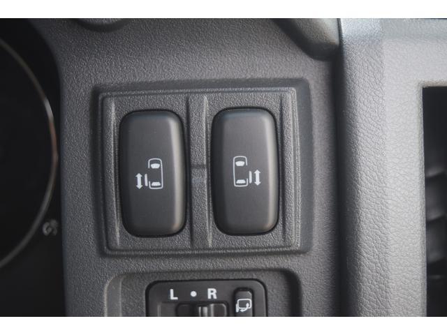 シャモニー ディーゼルターボ 4WD 特別仕様車 両側パワースライドドア 純正ナビ バックカメラ サイドカメラ クルーズコントロール ETC 純正アルミ(15枚目)