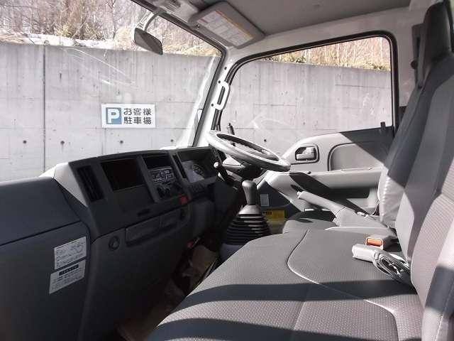 フルフラットロー 4WD ディーゼルターボ ダンプ(6枚目)