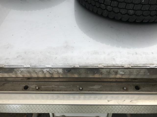 カスタム 中古 4WD 1.5t ステンレス平ボディ(8枚目)