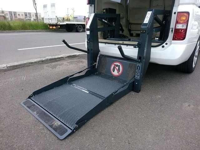 VG 4WD 車椅子リフト チェアキャブ(2枚目)