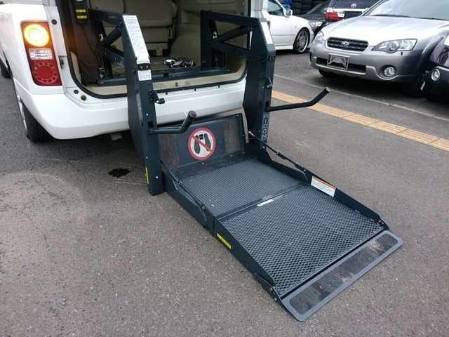 VG 4WD 車椅子リフト チェアキャブ(16枚目)