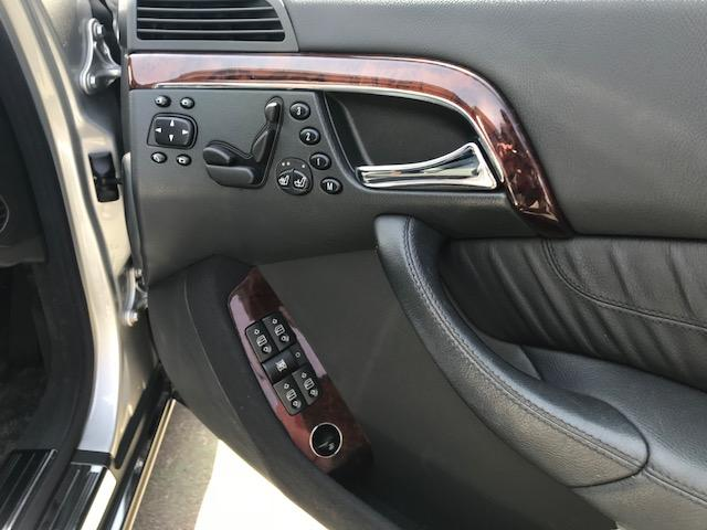 S350・本革シート・・パワーシート・18インチAW(9枚目)