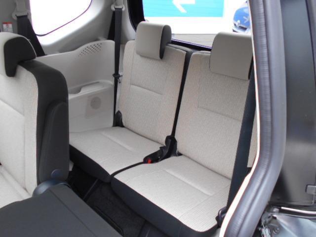X 4WD メモリーナビ バックカメラ 電動スライドドア 乗車定員6人 3列シート(5枚目)