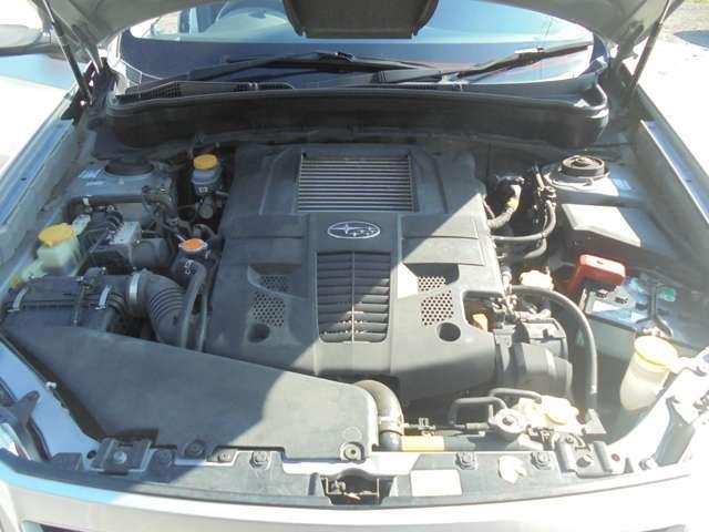 2000CCターボの調子の良いエンジンです!納車前にタイミングベルトも交換させていただきます♪