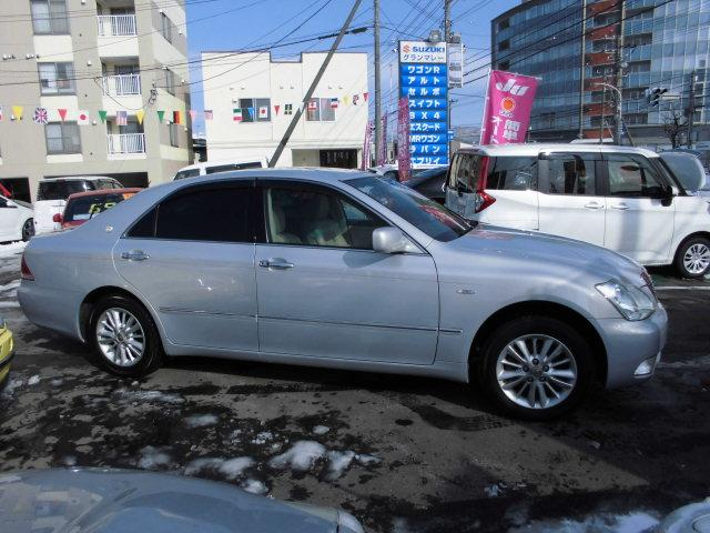 トヨタ クラウン ロイヤルサルーンi-Four