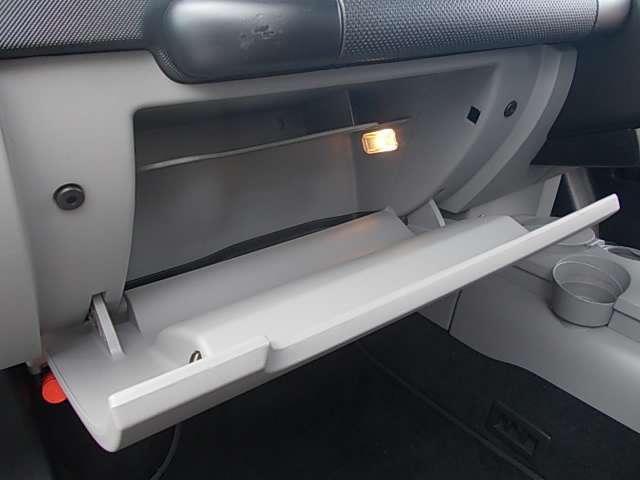 フォルクスワーゲン VW ニュービートル ベースグレード パステル