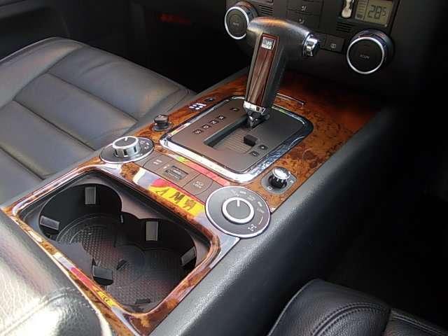 V6 4マチック エアサス装着車(9枚目)