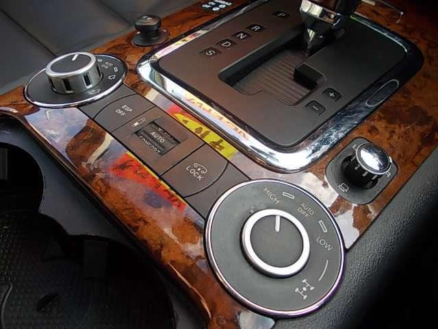 V6 4マチック エアサス装着車(10枚目)