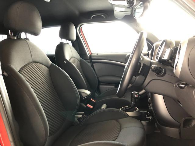 クーパーS クロスオーバー オール4 4WD 社外ナビ 地デジTV バックカメラ ボンネット・ルーフ・リアハッチストライプ 新品ドアミラーカバー ロゴ入りカーテシライト 純正17インチAW クルーズコントロール HIDヘッドライト(18枚目)