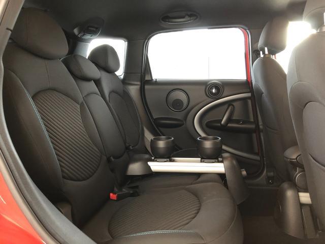 クーパーS クロスオーバー オール4 4WD 社外ナビ 地デジTV バックカメラ ボンネット・ルーフ・リアハッチストライプ 新品ドアミラーカバー ロゴ入りカーテシライト 純正17インチAW クルーズコントロール HIDヘッドライト(19枚目)