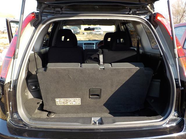 S 4WD HID ナビ Bカメラ ETC 後席FDモニター(19枚目)