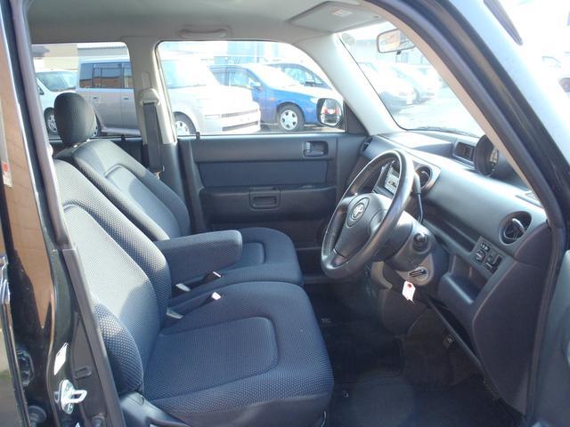 トヨタ bB Z Xバージョン 4WD 本州仕入れ