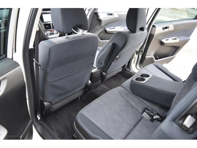 2.0i-S 4WD ナビ HID 本州仕入 3列シート(56枚目)
