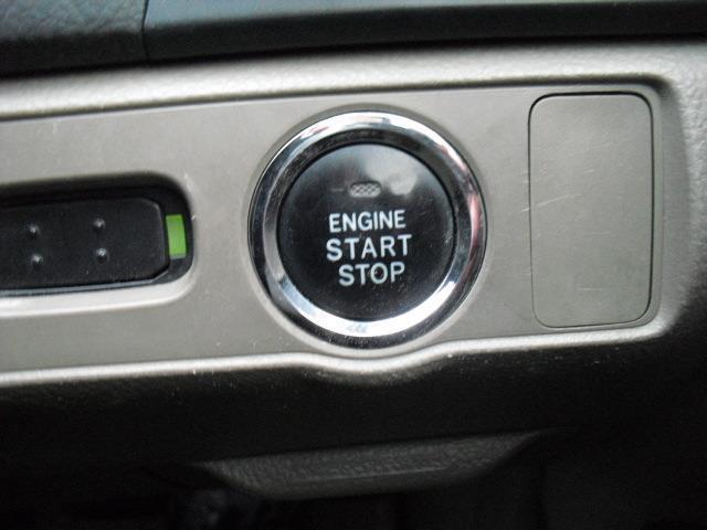 250G Four Fパッケージ 4WD 5AT HID(2枚目)
