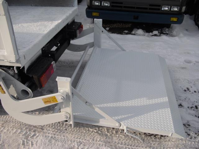 Wキャブロング全低床DX ディーゼルT 4WD Wタイヤ(12枚目)