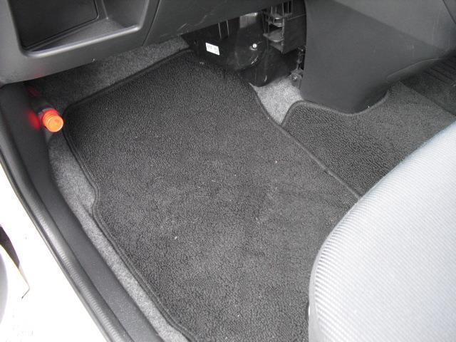 L ブラックインテリアセレクション4WD HDDナビ HID(13枚目)