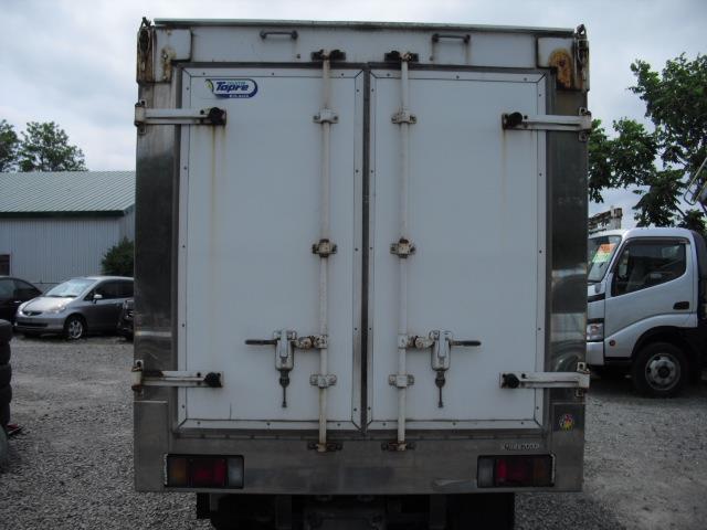 4WD 冷蔵冷凍車 2t積(4枚目)