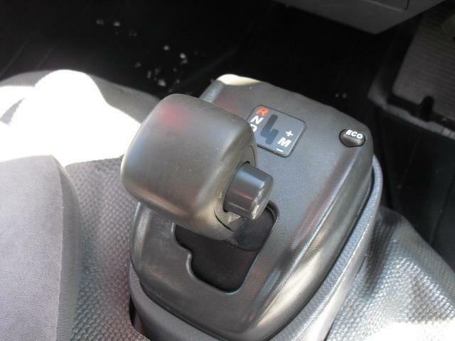 Wキャブ 4WD 1.5t積 AT エアコン(9枚目)