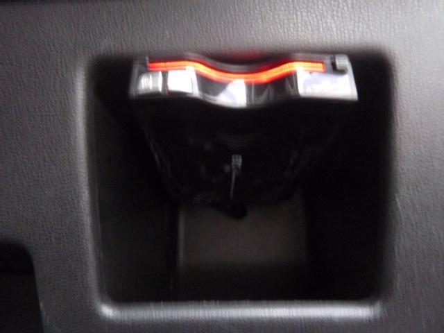 カスタムG 4WD 禁煙車 エアロ HID キーフリー(15枚目)