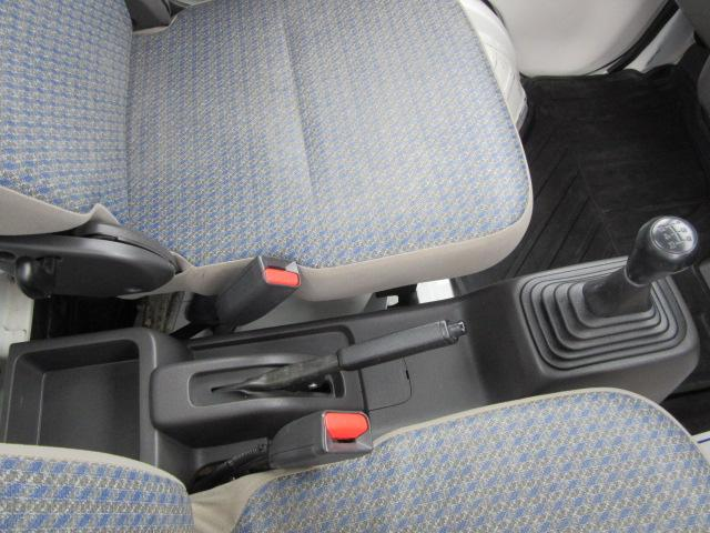 SDX・4WD・エアバッグ・AM/FMチューナー・荷台ランプ(13枚目)