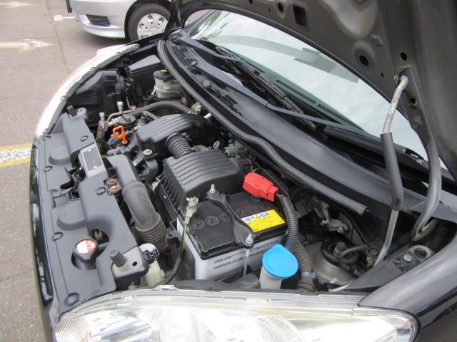ご覧のお車は6ヶ月又は5000kmまで対応の保証が付いてます。